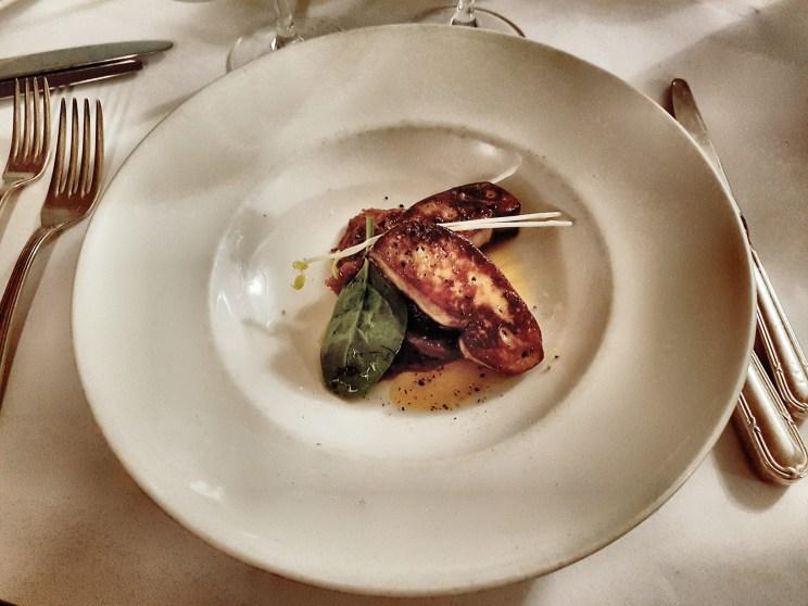 Escalope de foie gras poêlée Le Plato Lyon